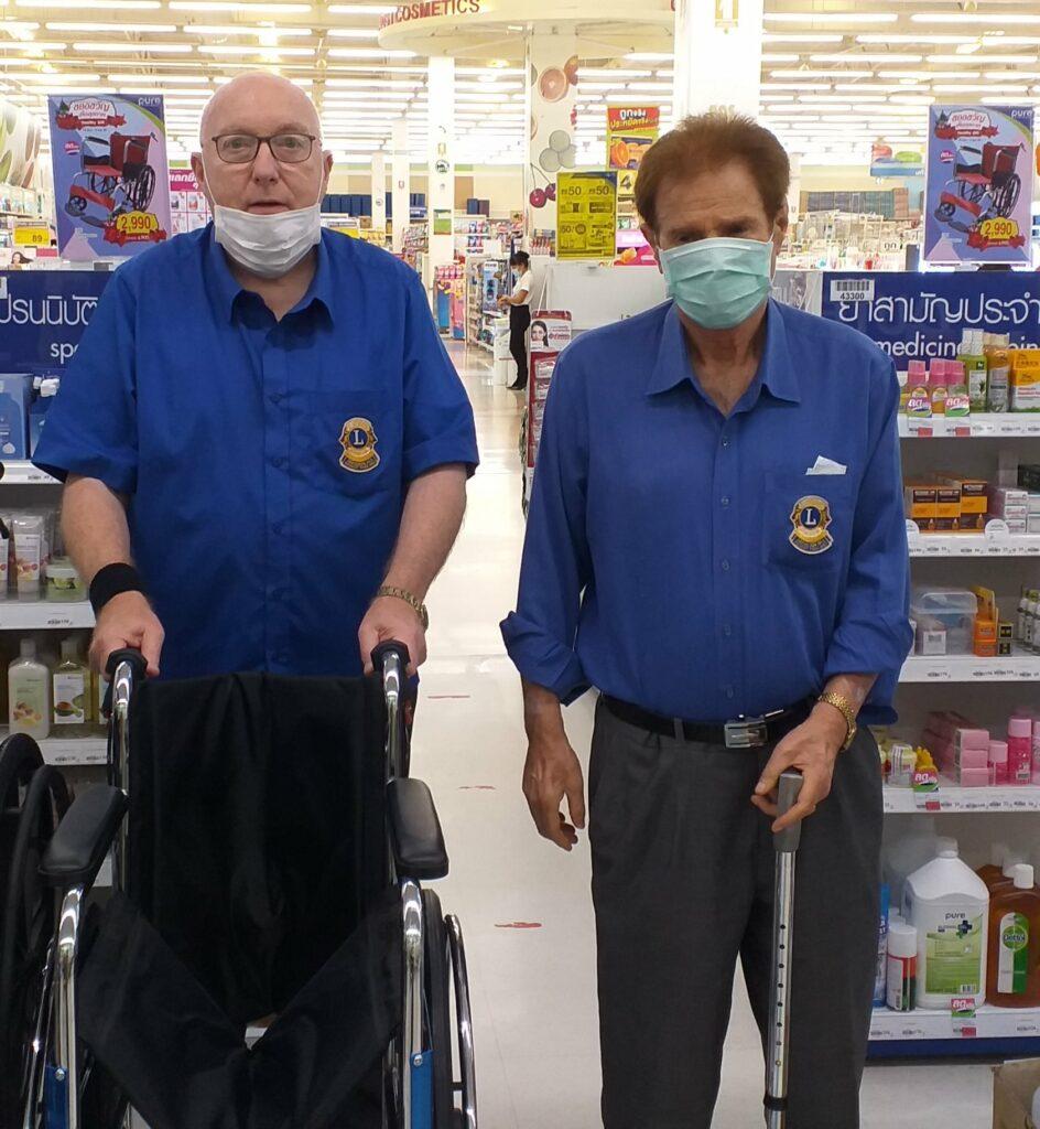 14-11-2020 Wheelchair donation (2)