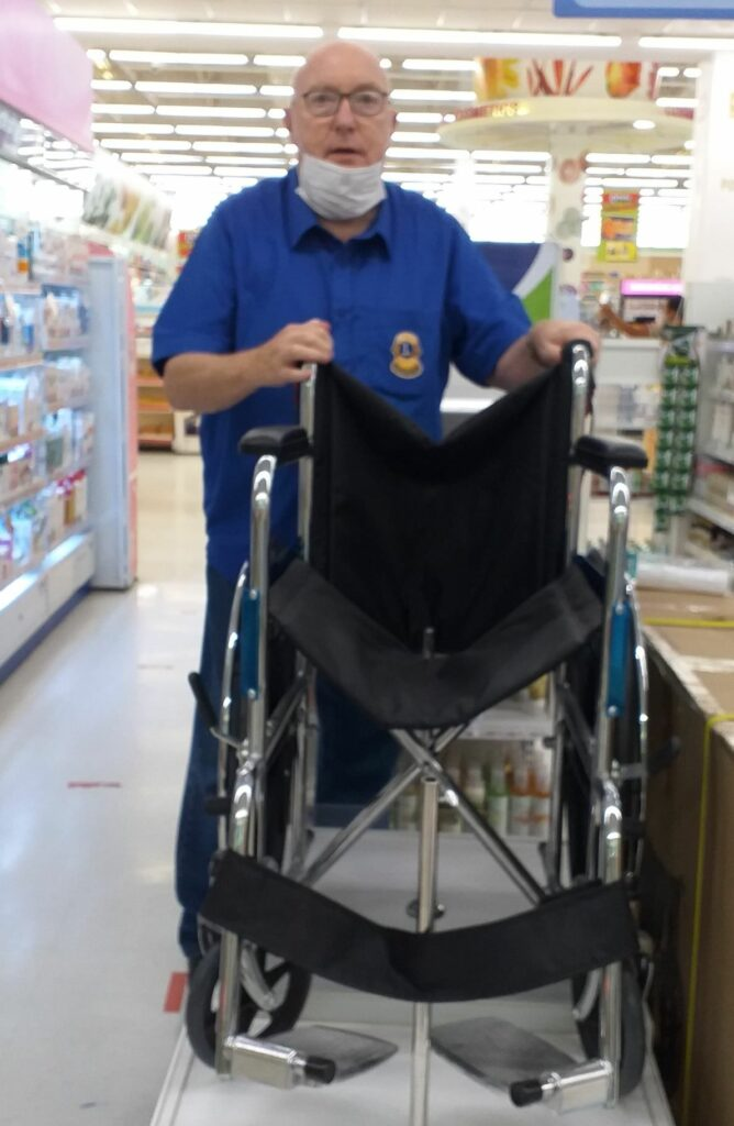 24-10-2020 Donation of wheelchair (1)