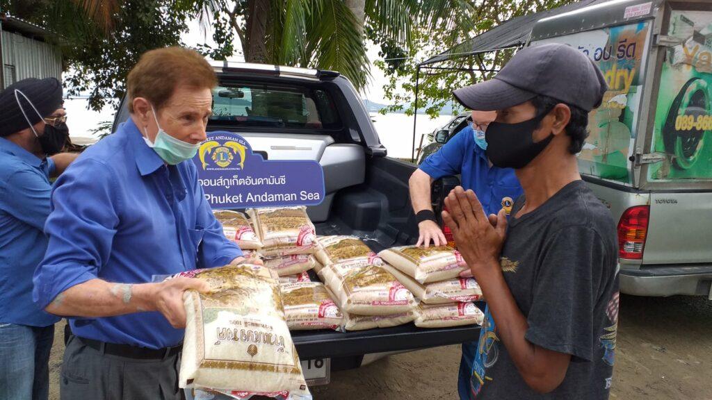 26-12-2020 Rice donation (2)