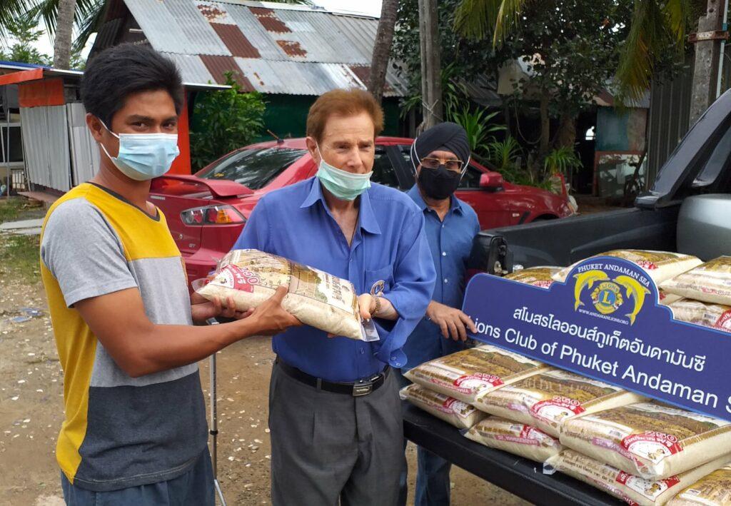 26-12-2020 Rice donation (6)
