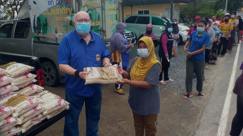 26-12-2020 Rice donation (7)