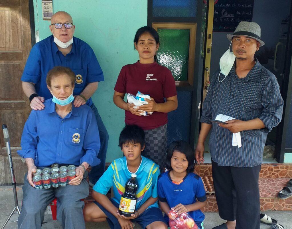 4-12-2020 Yamu food donation (5)